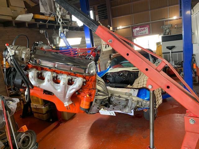 年に数回アメリカに渡り、お客様のニーズに合った車輌やパーツをきっちり直接確認してから輸入しています。