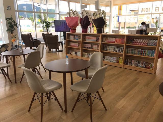 お店の中はお客様にできるだけくつろいでいただけるように努力しております!ぜひ一度ご来店ください!!