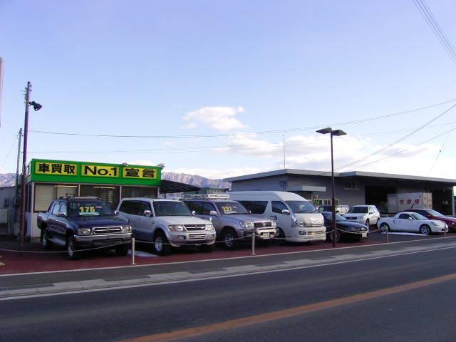 駒ヶ根市内、広域農道沿いに店舗を構えております。中央自動車道駒ヶ根インターから車で約10分!