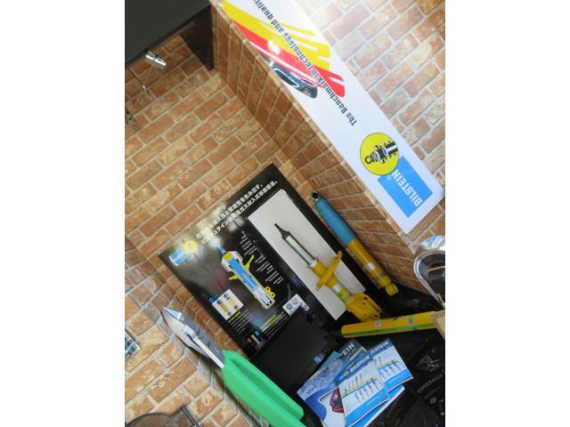 各パーツメーカー代理店・取扱店をしております。