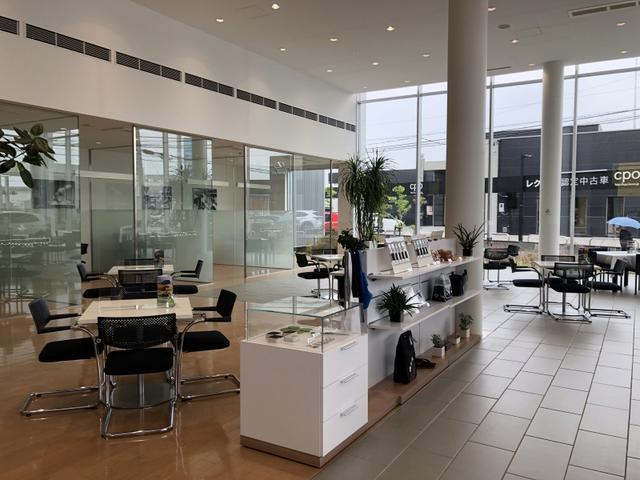 Volkswagen浜松認定中古車センター サーラカーズジャパン株式会社(6枚目)