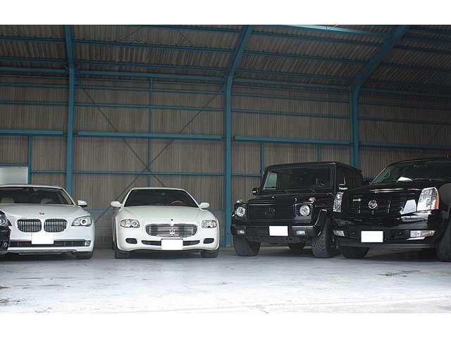 車両展示場が複数御座います。スムーズにご案内できるよに、現車確認は完全予約制とさせて頂いております。