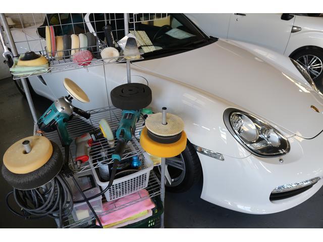 プロ用マシンで行う自社施工のガラス系ボディコーティング。ご購入時特別プランを是非お試し下さい。