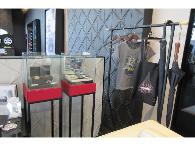 ショールームは瑞穂運動場西駅から徒歩10秒の場所にございます。常時3〜5台を展示しております。
