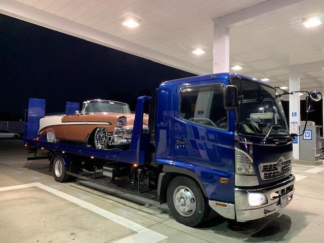 4t積載車完備!引き上げ、ご納車はもちろん、急なレッカーサービスにも対応致します!