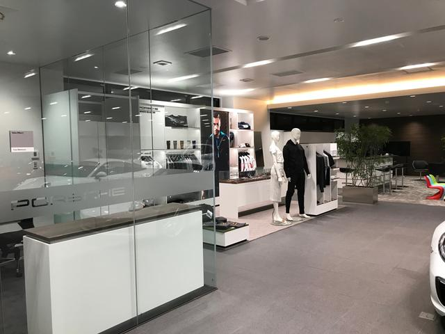 ポルシェセンター岡崎(5枚目)