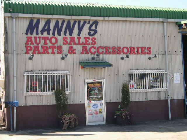 「三重県」の中古車販売店「Manny's AUTO メニーズオート」