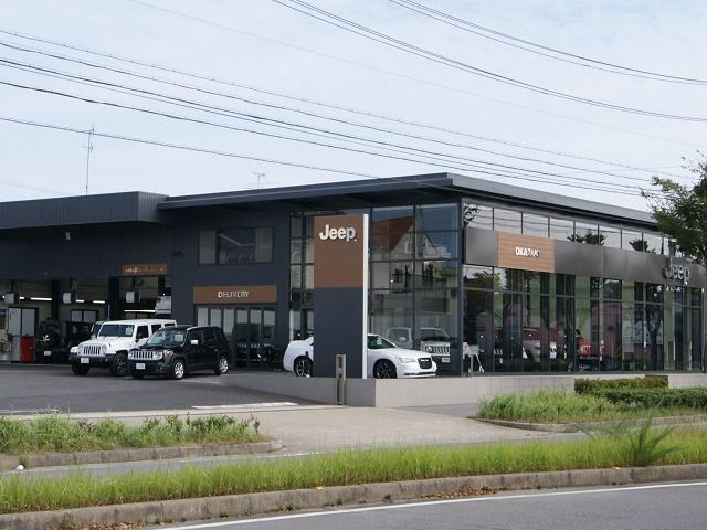 日本国内最大規模の大きなショールームが岡崎店の自慢です。