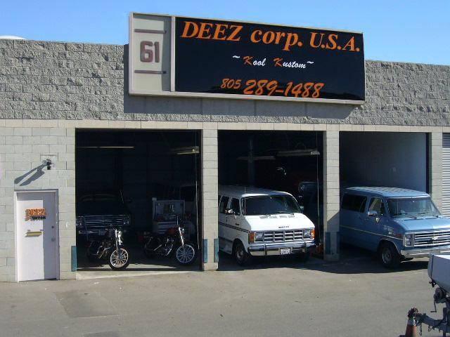 カリフォルニア州ベンチュラに構える、DEEZ USA! 本国直結なのでパーツ供給もスムーズです!