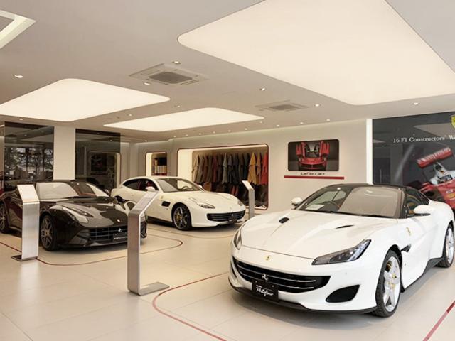 新車ショールームは、みなとみらいにございます。