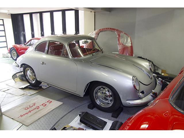 フェラーリだけでなく、クラシックカー、ヴィンテージカーも揃えております。お気軽にお問い合わせ下さい。