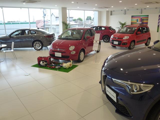 2階にはFiat・ABARHT・Alfa Romeo の展示もあります。