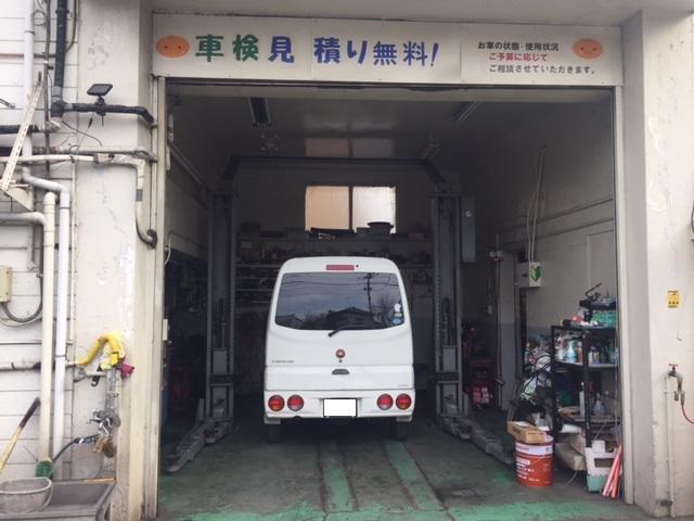 パーツ取付はもちろんですが、戸田市の弊社認証工場での一般整備、車検も承ります。