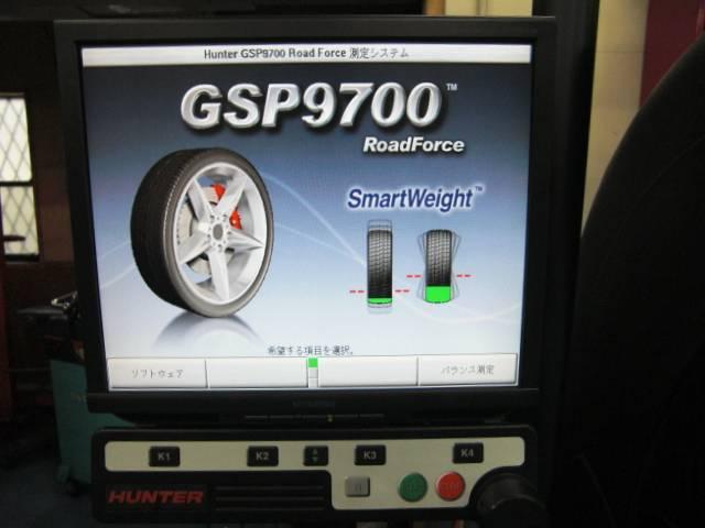HUNTER GSP9700完備しております。どんなホイールバランスも正確に取る事が出来ます。