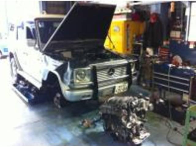 メルセデスベンツG320エンジン載せ替えです!中古、リビルトもお探しいたします!