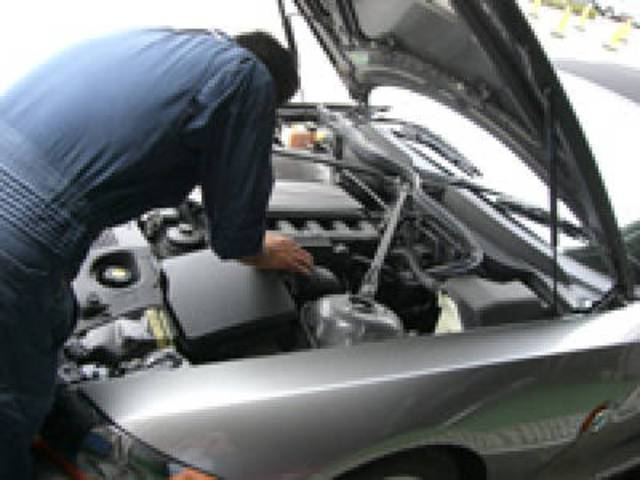 専門スタッフが、貴方の愛車を確り整備致します。