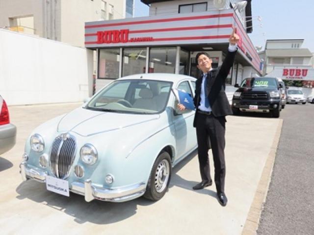 MITSUOKAの自社開発オリジナルカーをはじめ、BUBU事業の個性あふれる商品を展示しております。