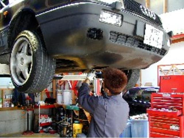 修理・板金もすぐに対応致します。自社工場完備なのでアウターメンテナンスも安心です!
