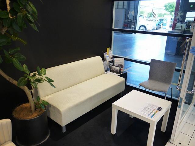 プジョー有明アプルーブドサイト グループPSAジャパン販売株式会社(5枚目)