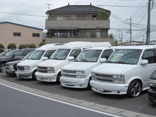 自社工場完備で国家資格整備士も常駐なので車両購入後も安心して頂けます。