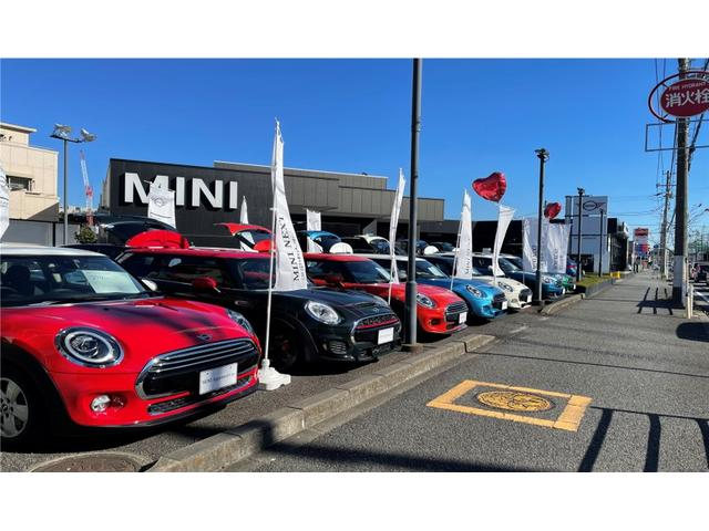MINI NEXT 湘南 ウエインズインポートカーズ(株)(1枚目)