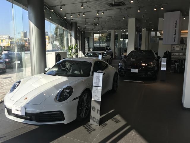 ポルシェセンター柏では最新車両だけでなく、良質な認定中古車も数多く扱っております。