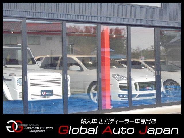 常時30台以上の厳選された輸入車を在庫しております!