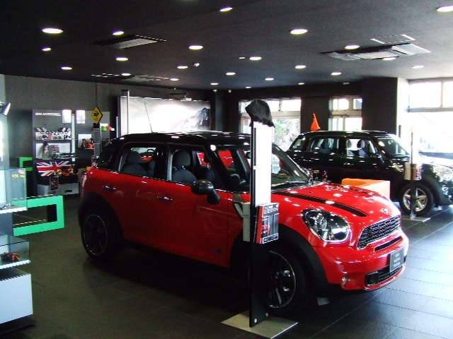 Motoren Glanz MINI NEXT 柏(2枚目)
