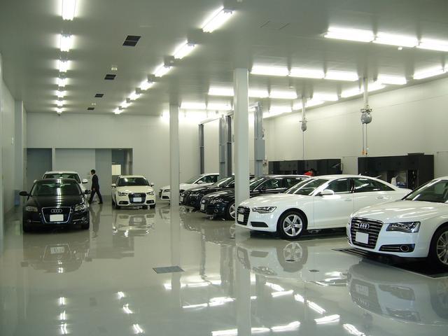 Audi専門のメカニックによりメンテナンスのこともお任せください。工場のご見学もお気軽にどうぞ。