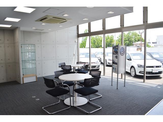 Volkswagen奈良学園前 認定中古車センター フォルクスワーゲン奈良学園前(3枚目)