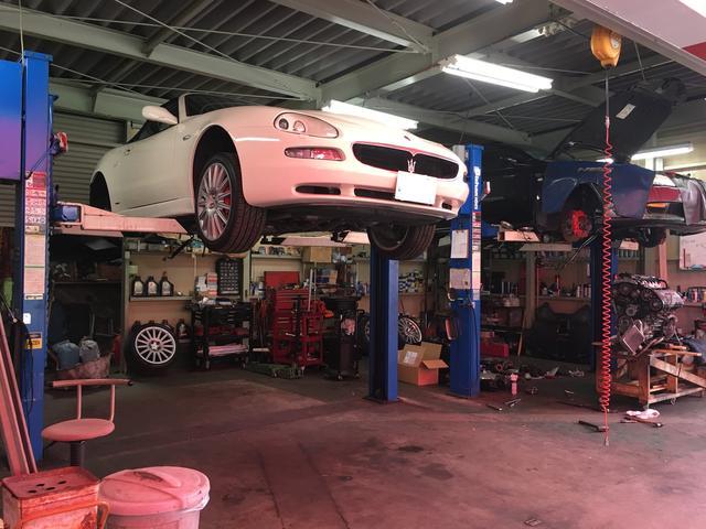 車検、一般整備、板金・塗装、電装系修理、トランスミッション整備など。整備は、弊社にお任せください!