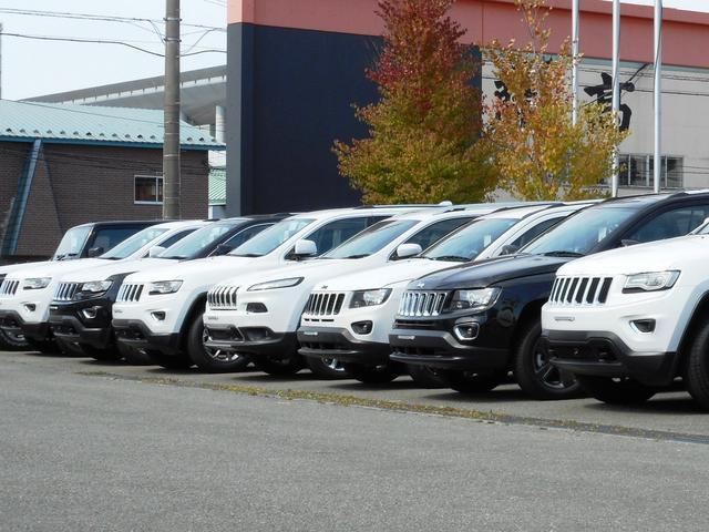 各ブランドの厳選された認定中古車を多数展示。展示場に無いお車もグループ店からお取り寄せ出来ます。