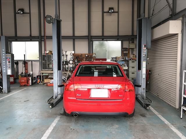 国産車はもちろん輸入車の整備、修理もOKです。他店で断られてしまった等、オートハウス志賀にご相談を。